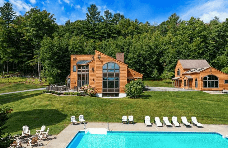 Brown House with large swimming pool