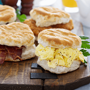 biscuit egg breakfast